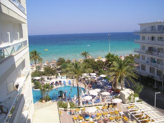Hotel Sabina: ein Blick vom Zimmer mit seitl. Meerblick