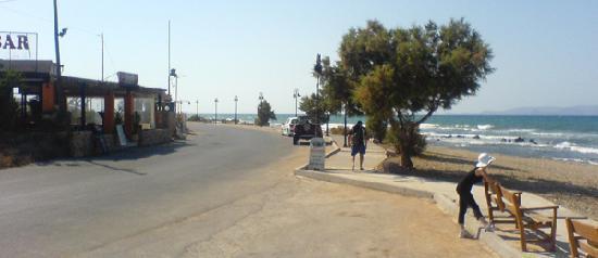 Zorbas Village and Aqua Park: La promenade