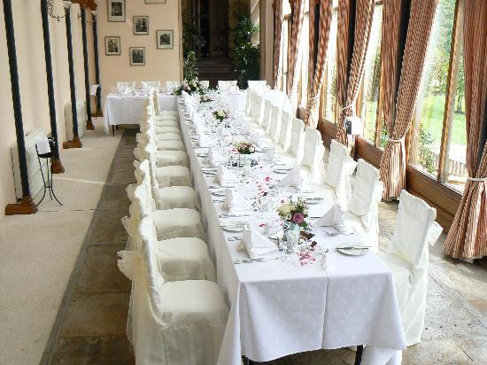 Cressbrook Hall: Ready for the wedding breakfast in the Orangery