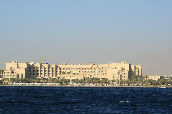 InterContinental Aqaba Resort: The hotal from the sea