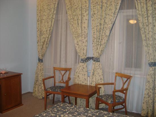 Anna Hotel: View of the room from the bed
