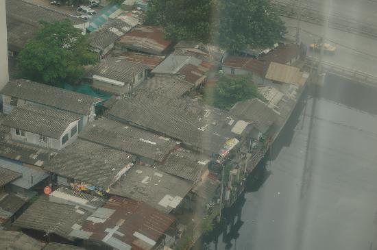 โรงแรมเจ้าพระยาปาร์ค: View from the room