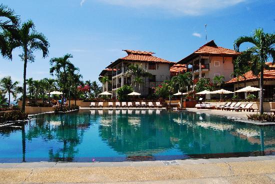 ฟูรามา รีสอร์ท ดานัง: Pool area