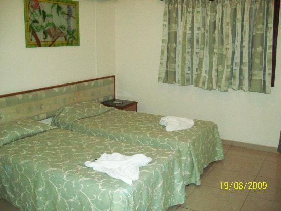 Nereus Hotel: The bedroom...very spacious