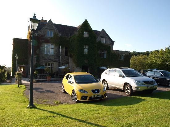 Fosse Manor Hotel: First impressions