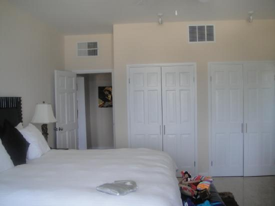 Princess Heights Hotel: Master Bedroom