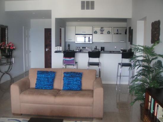 Princess Heights Hotel: Living Room