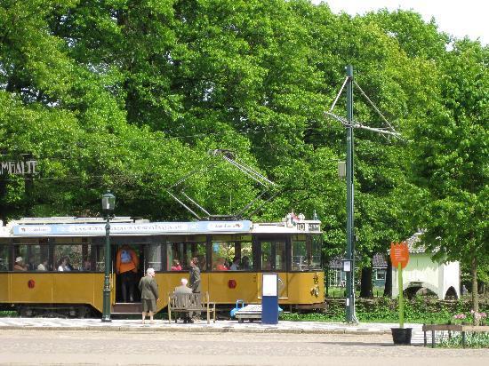 พิพิธภัณฑ์กลางแจ้งเนเธอแลนด์และพิพิธภัณฑ์มรดกแห่งชาติ: the tram!