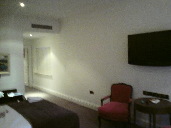 โรงแรมเดอะเคนซิงตัน: The Room View 2