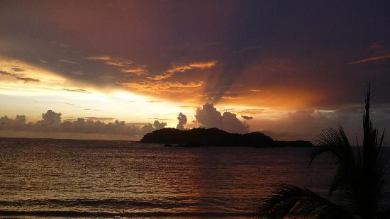 Club Med Ixtapa Pacific: View from the restaurant's terrace, at sunset
