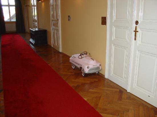 Hotel Altstadt Vienna: Corridoio