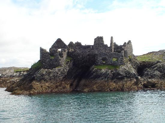 Inishbofin House Hotel: Cromwells Fort