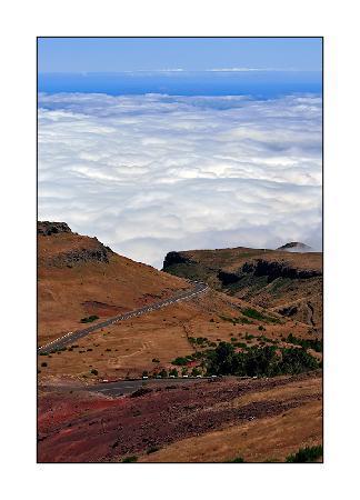 โรงแรมเพสตานา พรอเมอเนด โอเชียน รีสอร์ท: Madeira's roads ...