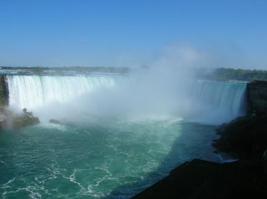 ไนแอการาออนเดอะเลก, แคนาดา: Chute du Niagara coté Canadien
