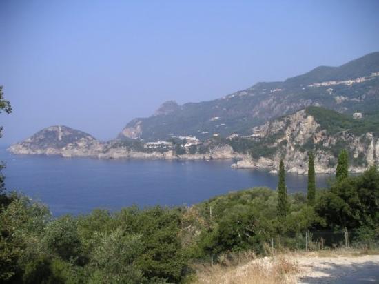Corfu Town, กรีซ: Kérkira, Griechenland - beach in Liapades