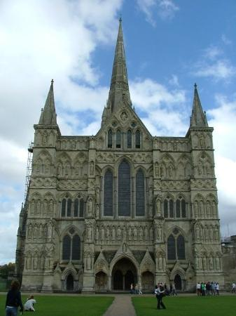 Salisbury Cathedral and Magna Carta: Salisbury, England