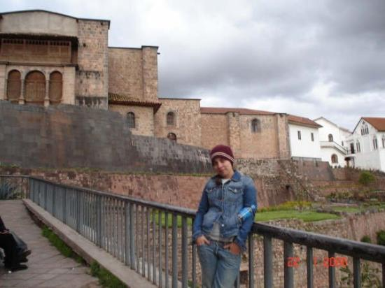 Cusco Explorers: ...............
