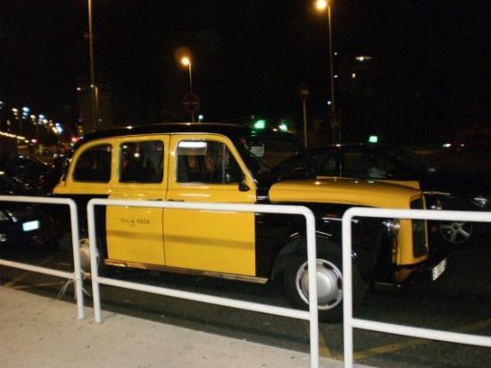 อิบิซา, สเปน: Un taxi antic super guapo!