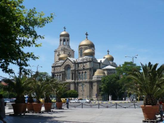 la cathédrale de Varna