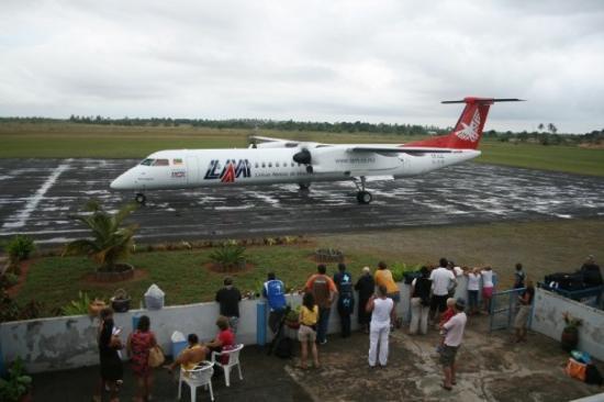 Inhambane Province, โมซัมบิก: Inhambane Airport with the lounge