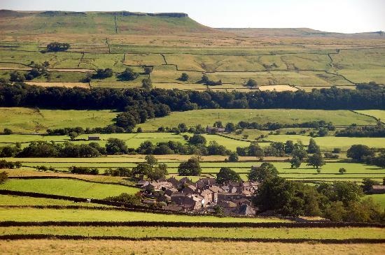 "The Shoulder of Mutton Inn: The Yorkshire Dales (and the village of Askrigg, filmed as Darraby in ""All Creatures Great and S"