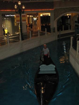โรงแรมเดอะเวเนเชี่ยน มาเก๊า รีสอร์ท: gondola