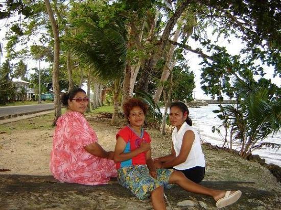 กอโรร์, ปาเลา: Saturday March 25 2006 Three Generations Ngiwal State Babeldoab PW
