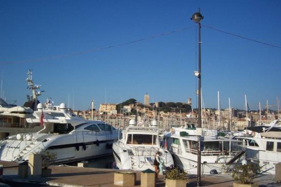นีซ, ฝรั่งเศส: Play things of the rich & famous in French Riviera