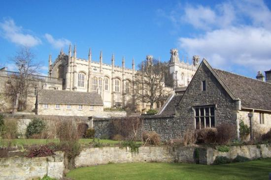 อ๊อกซฟอร์ด, UK: Oxford Uni