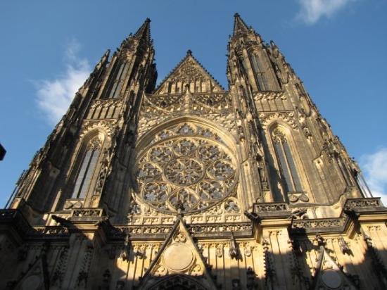 มหาวิหารเซนต์วิตุส: St. Vitus Cathedral