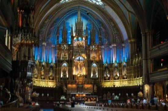 น็อทร์-ดามบาซิลิกา: One of the most beautiful church I've visited.   Notre Dame in Montreal Canada
