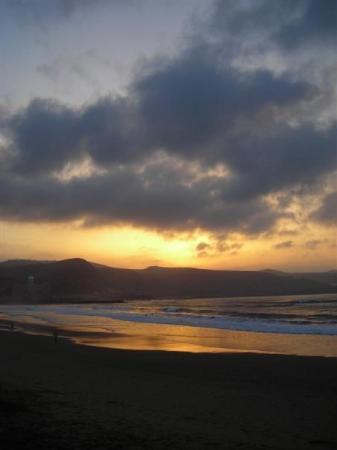 ลัสปัลมัส เดอ กรัง คานาเรีย, สเปน: Playa de Las Canteras. Febrero 09.