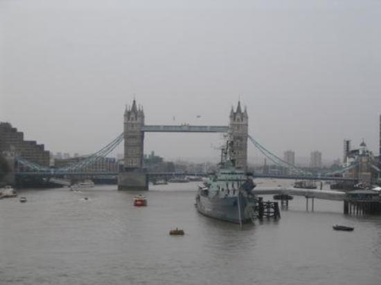 สะพานทาวเวอร์บริดจ์: London Bridge