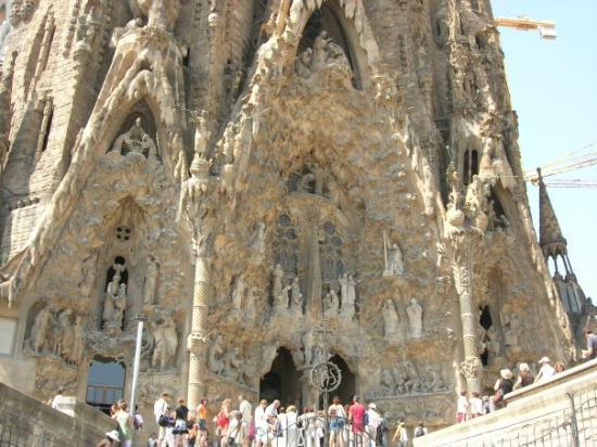 โบสถ์แห่งครอบครัวศักดิ์สิทธิ์: Barcellona - Sagrada Familia