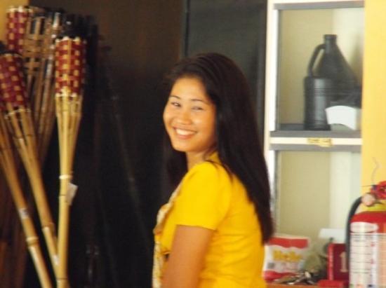 Panglao Island, ฟิลิปปินส์: verry cute waitress at resort