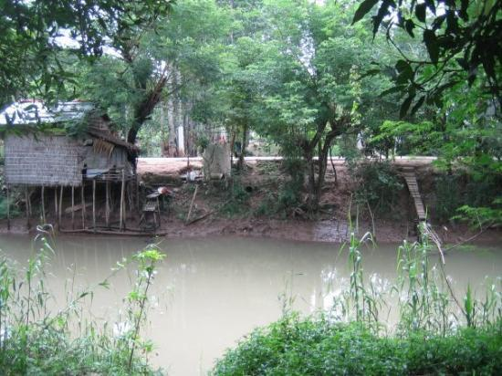Cao Lanh, เวียดนาม: The river across the street from the house