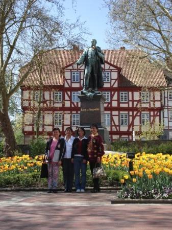 บาดเฮร์สเฟลด์, เยอรมนี: Some statue in Bad Hersfeld