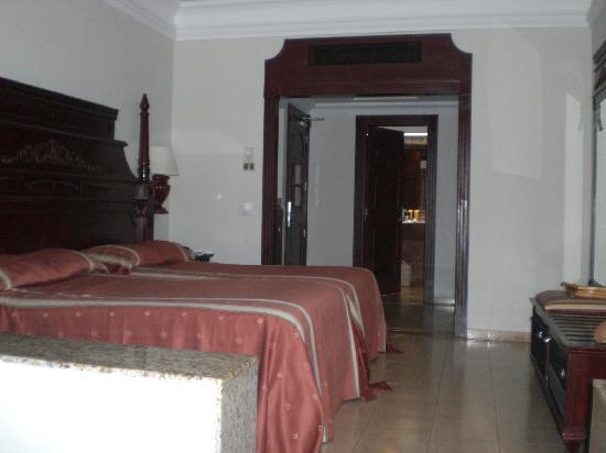 Hotel Riu Palace Las Americas: room