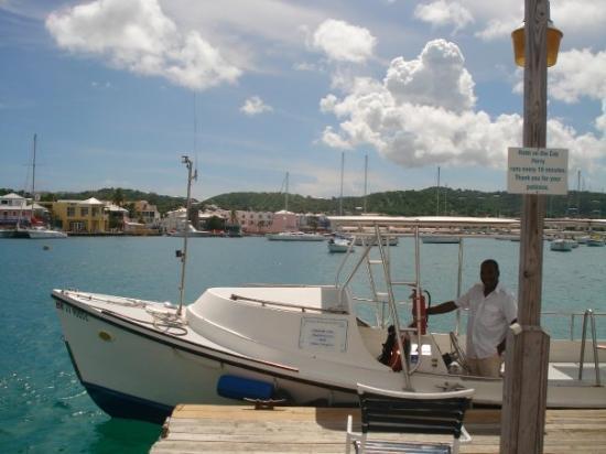 คริสเตียนสเต็ด, เซนต์ครอย: the taxi to Hotel on the Cay