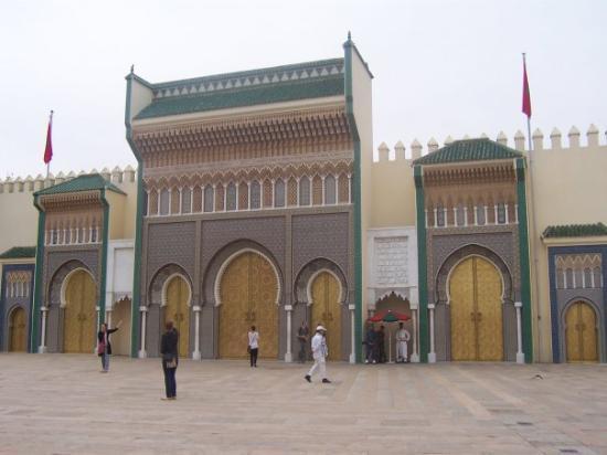 Royal Palace of Fez (Dar el Makhzen): 02/06. Royal Palace, Fez