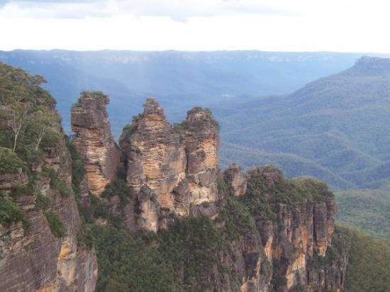 Katoomba, ออสเตรเลีย: Three Sisters in the Blue Mountains