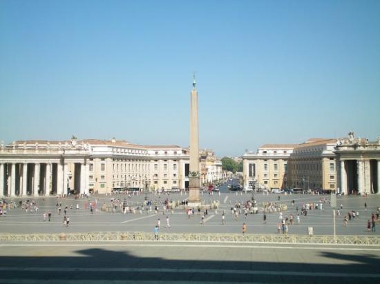 Roman Curia: The Vatican
