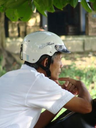 ฮานอย, เวียดนาม: ...deep thought