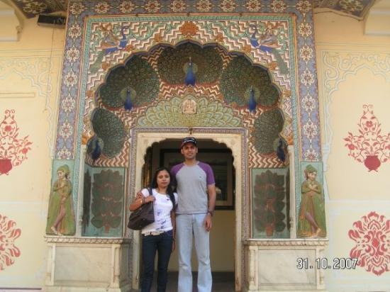 ชัยปุระ, อินเดีย: Peacock Gate, City Palace