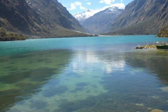 Huaraz, เปรู: LLanganuco Lake