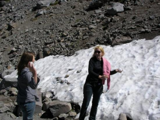 Crater Lake National Park, ออริกอน: Snoww!!!!