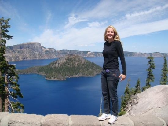 Crater Lake National Park: The little vulcano in the middle