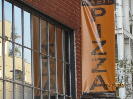 Basic pizzaAcross from Petco ParkFree advertising - it was that good