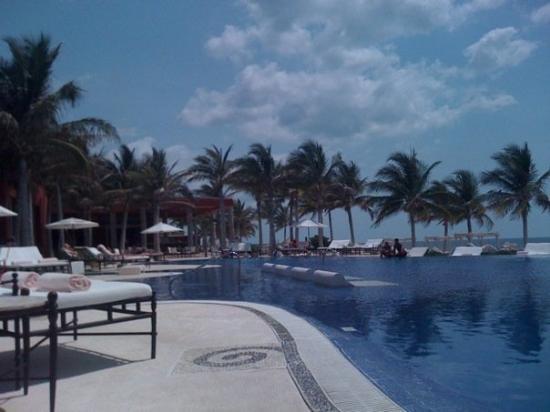 พลายาเดลคาร์เมน, เม็กซิโก: The pool at Zoetry