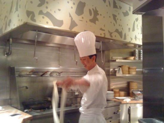 โรงแรมซีซาร์ พาเลส: Caesar ~ Beijing Noodle No. 9